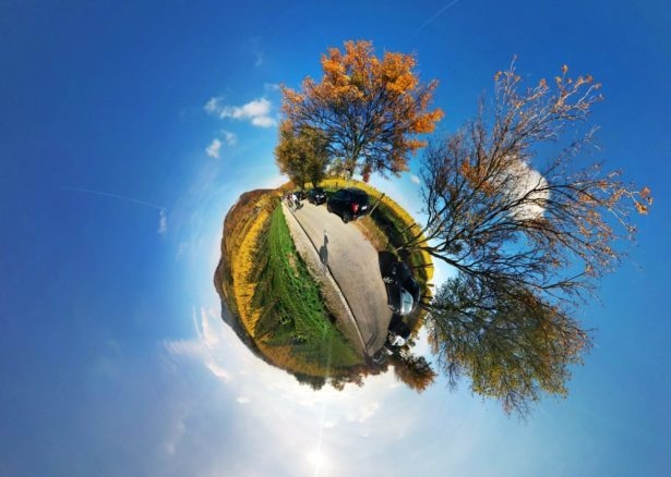 Tiny Planet turns your photos into tiny planets